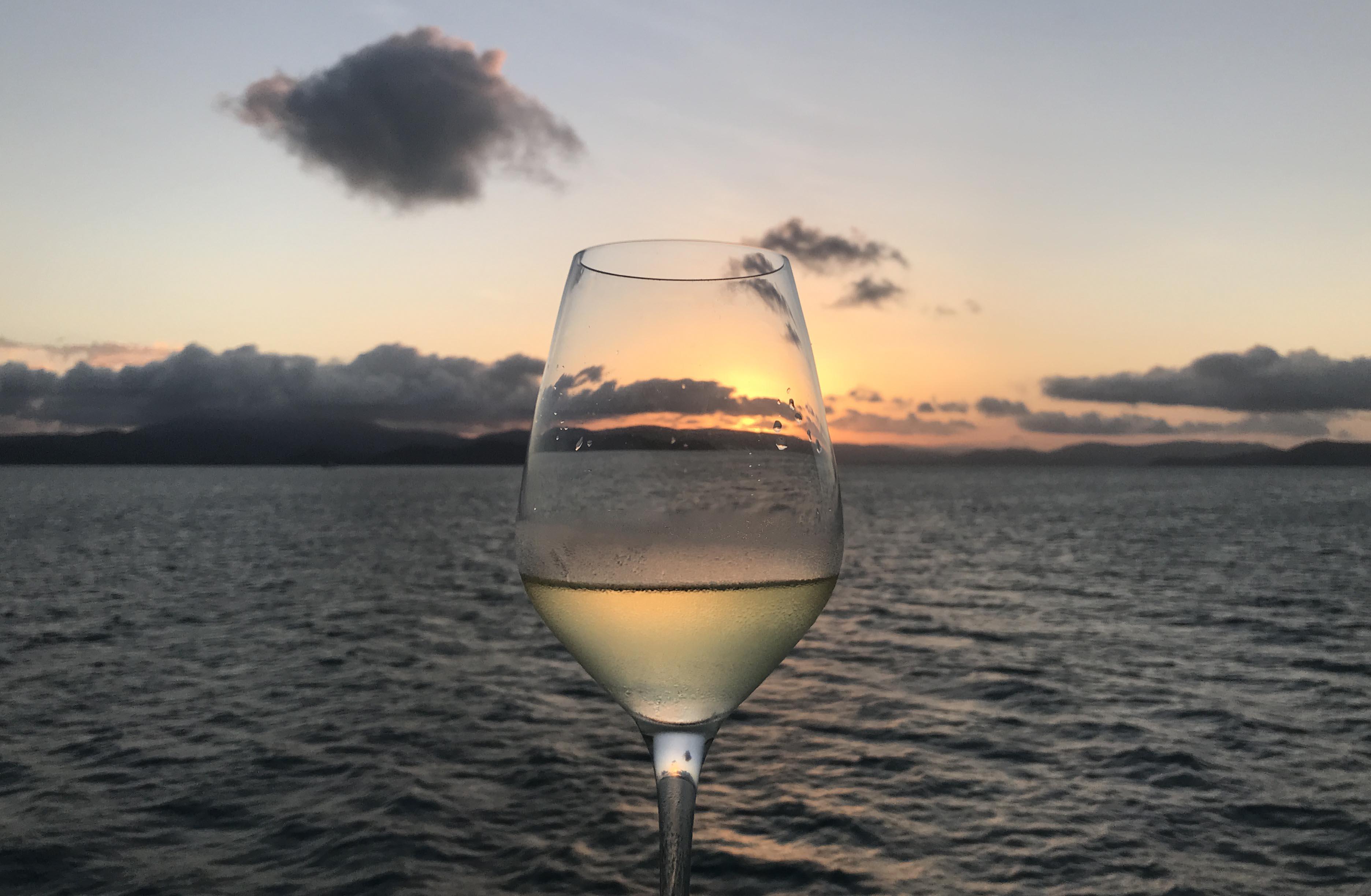 Sunset Dinner Cruise from Hamilton Island, Australia