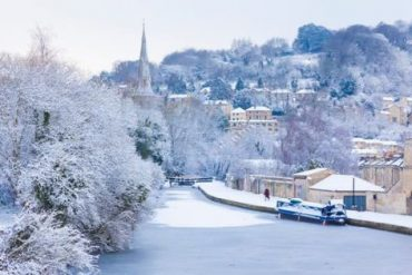Bath is one of England's most beautiful and romantic winter wonderlands