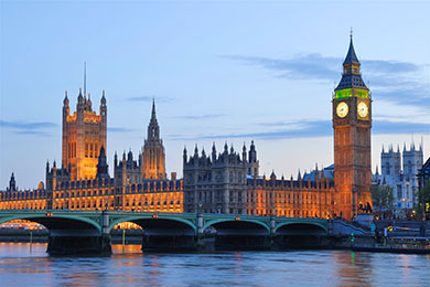 Travel to Greenwich by boat and experience London from the Thames
