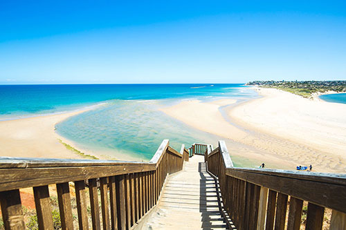 This stunning coastal seascape is just 45 minutes south of Adelaide